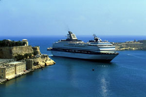 MS Century der Celebrity Cruises