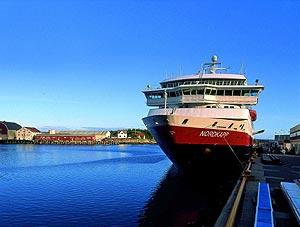 MS Nordkapp, Hurtigruten